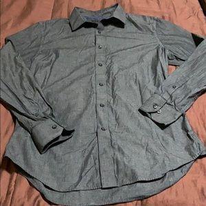 Women's  Button Down Dress Shirt. New Condition!